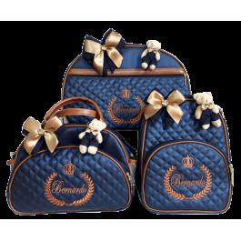 Kit Mala Maternidade + Bolsa G + Mochila G Azul Marinho c/ Detalhes Caramelo