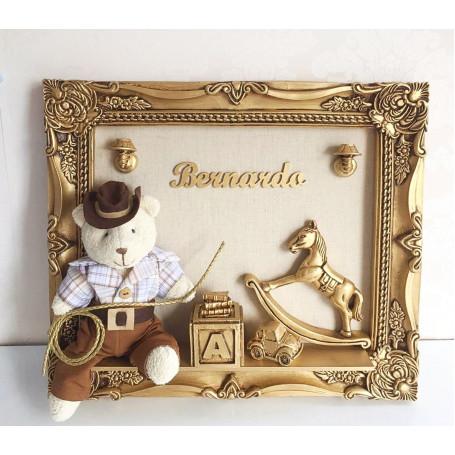 Porta Maternidade Ouro Envelhecido Urso Cowboy 33x38